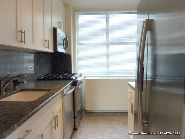 3 Bedrooms, Lincoln Square Rental in NYC for $6,790 - Photo 1