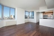 3 Bedrooms, Hell's Kitchen Rental in NYC for $4,998 - Photo 1