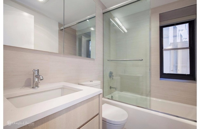 3 Bedrooms, West Village Rental in NYC for $9,800 - Photo 2