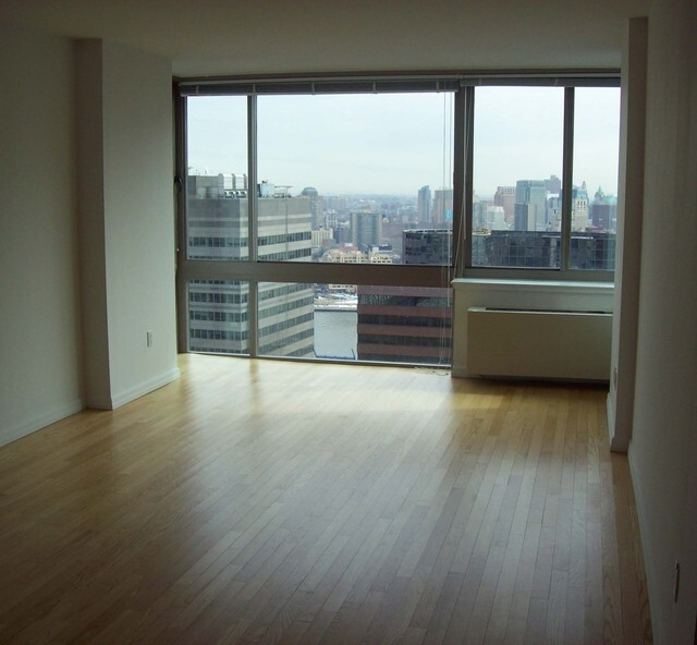 Loft, Financial District Rental in NYC for $3,000 - Photo 1